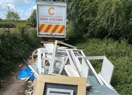 lane-Leeds-fly-tipping