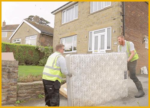 man-and-van-clearance-Dewsbury-mattress-team-photo