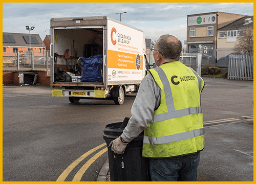 rubbish-collection-Stretford-bin-man